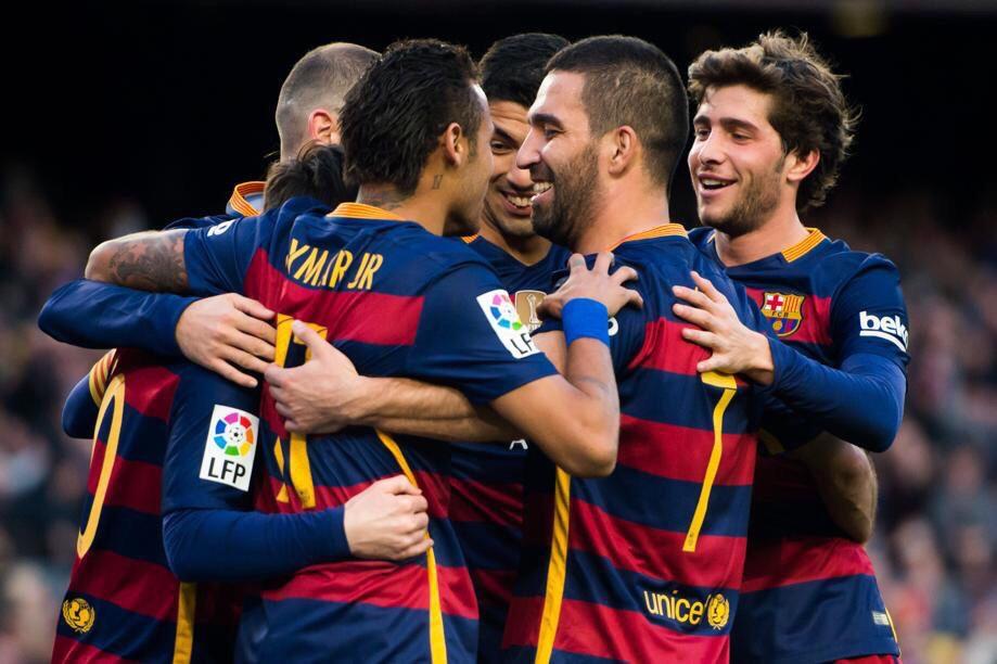 El Barcelona hace 4 goles y gana al Granada en el Camp Nou ced8beff5f4db