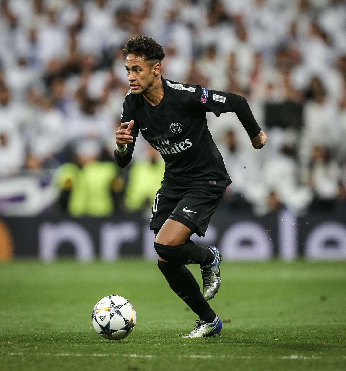 PSG loses to Real Madrid in the first round of the Champions League s last  16 9e6ce62e3e081