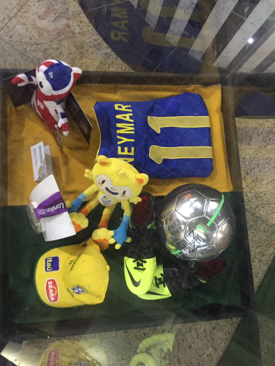 The exposition also dives deep in the history of these Brazilian athletes.  The shirt used by Benedicta Souza Oliveira is one of the oldest items there. 64ef06a5d5060