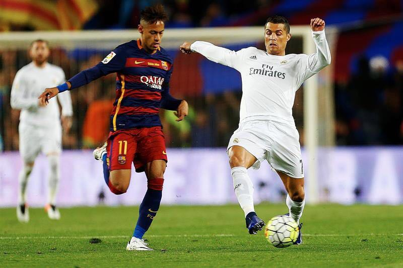 b1fc74d927 Real Madrid vence  El Clásico  at Camp Nou