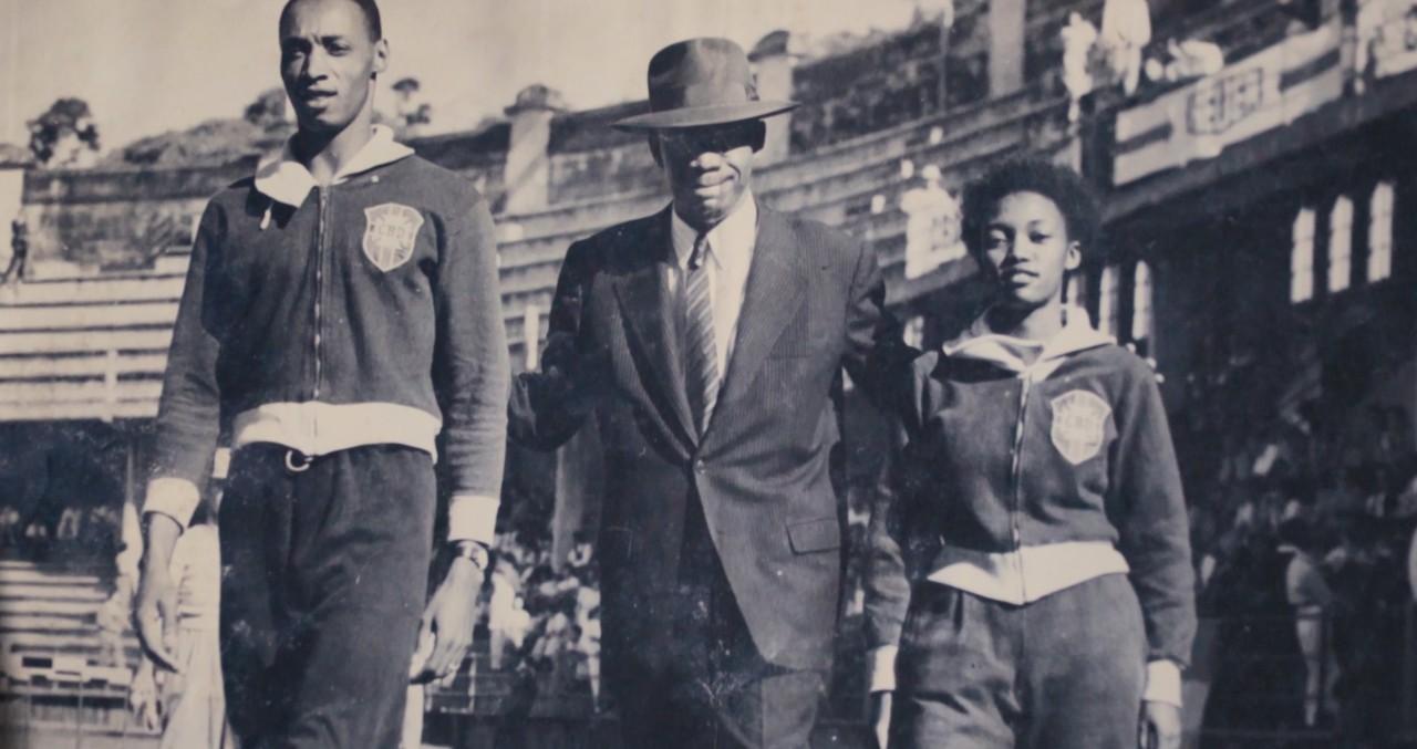 Melânia desfila com o uniforme da CBD - Arquivo pessoal