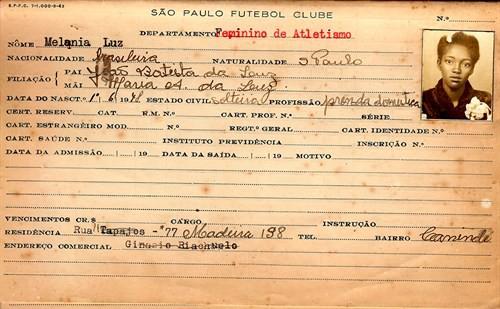 A ficha de inscrição de Melânia Luz como atleta do São Paulo - Acervo SPFC