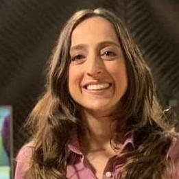 foto do rosto do analista Renata Mendonça