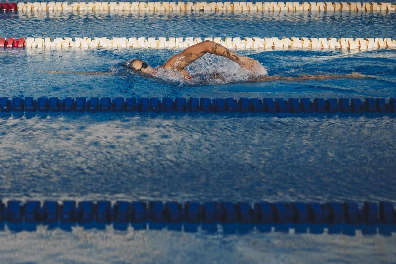 Etiene Medeiros, primeira nadadora campeã mundial do país - Igo Bione