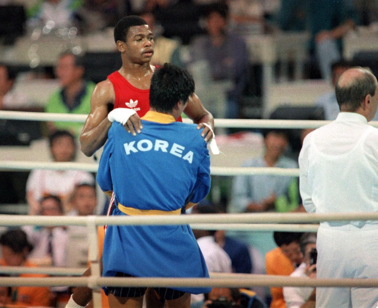 Roy Jones Jr. durante as Olimpíadas de 1988 - Getty Images