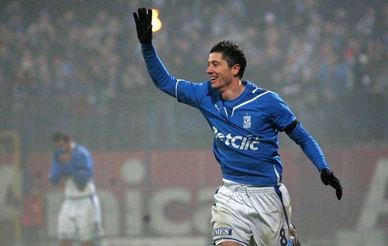 Lewandowski no início da carreira, no Lech Poznán - Reprodução / Internet