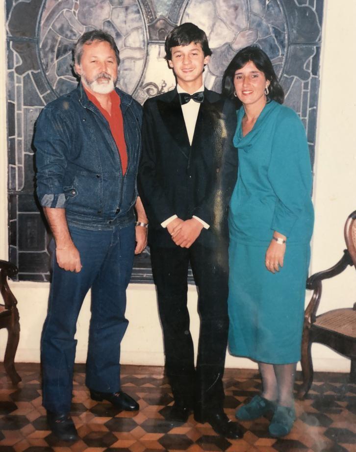 Lisca e os pais Paulo Roberto e Ana Maria - Arquivo Pessoal