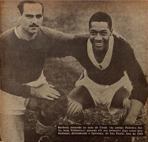 Cheio de sonhos, um jovem goleiro, de apenas 21 anos, com a camisa do Ypiranga - Revista do Esporte