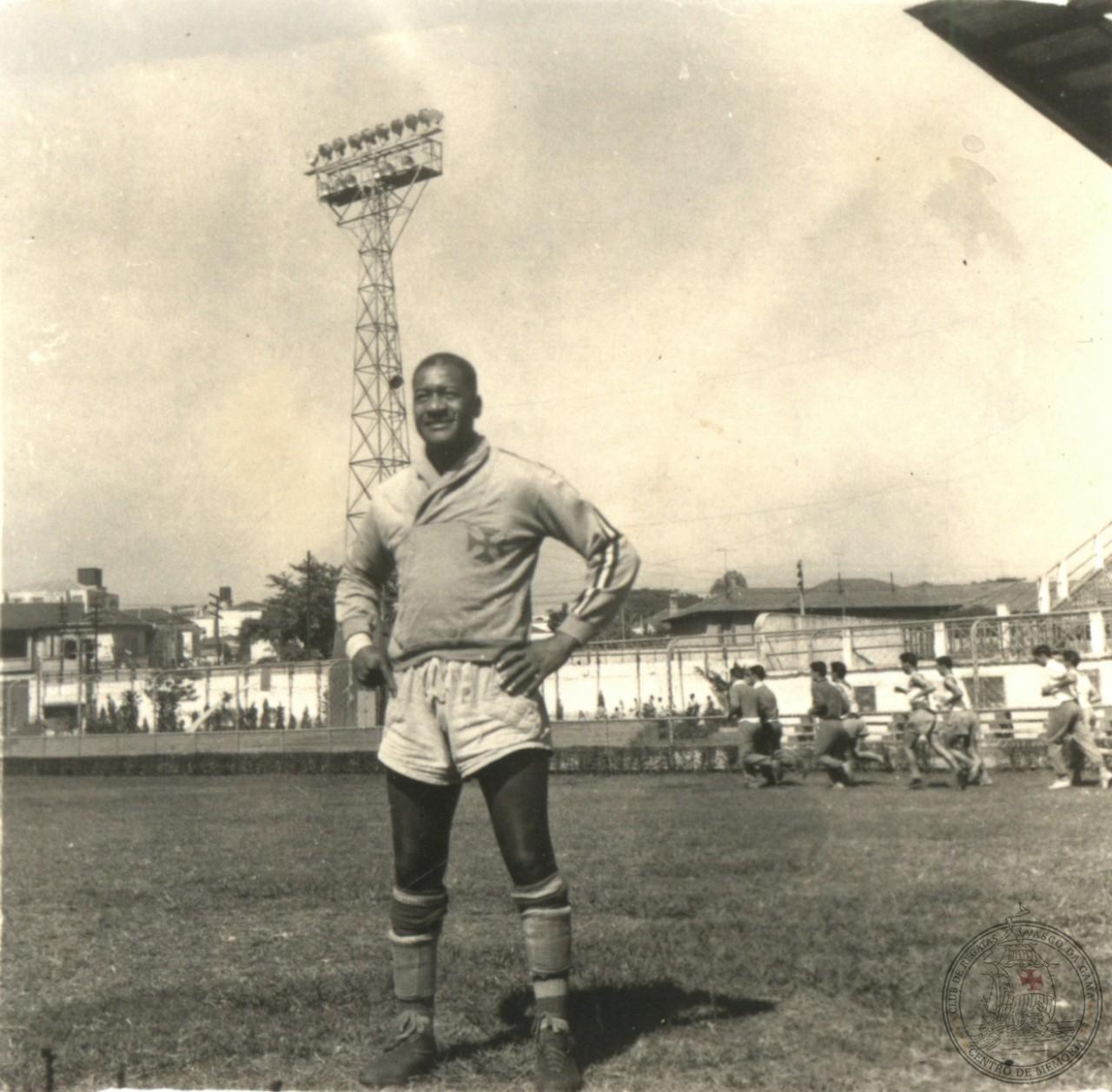Em 1958, o veterano goleiro fez parte do elenco no Super-supercampeonato Carioca vascaíno. O titular na última partida foi Miguel, seu pupilo - CPAD-CRVG