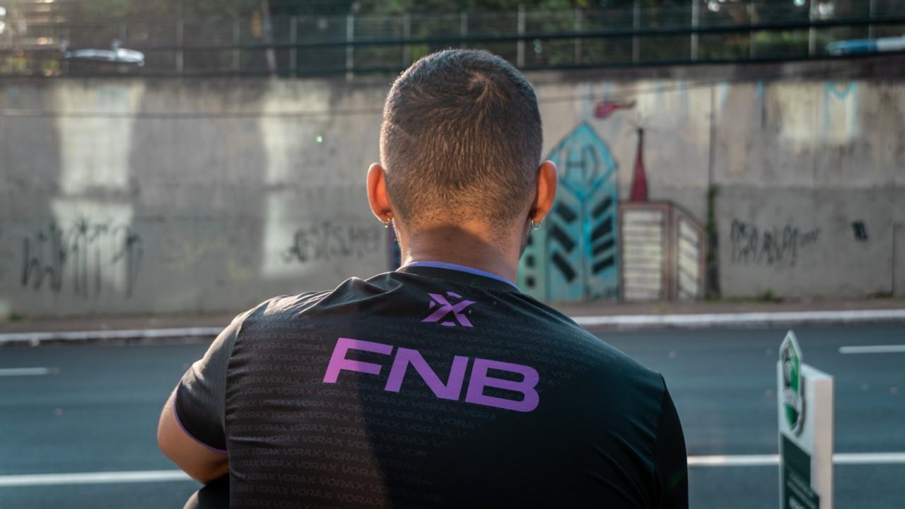 """fNb compreende a realidade da maioria jovem preta no Brasl - Viviane """"Vivs""""/Vorax"""