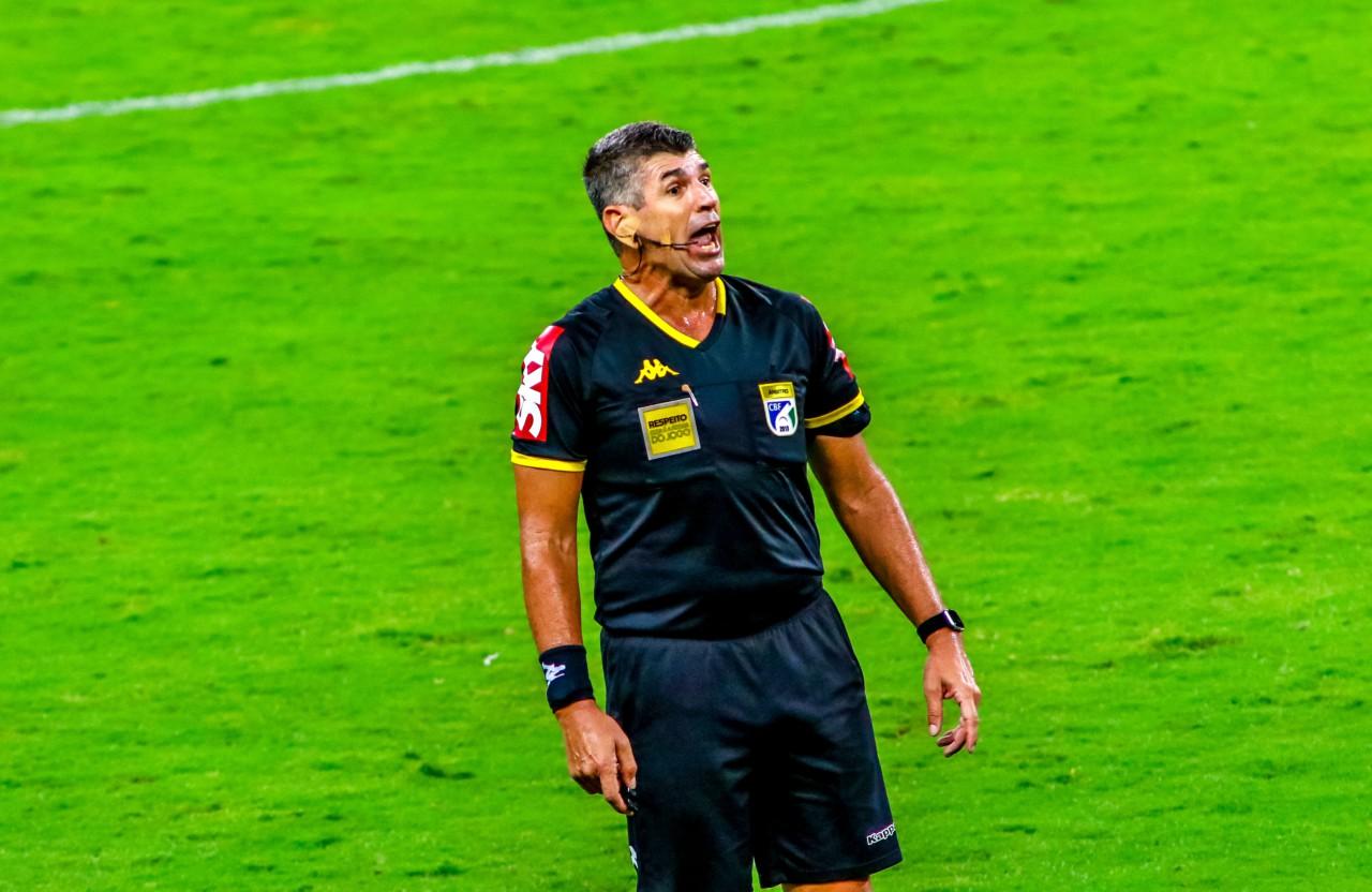 Marcelo de Lima Henrique foi retirado do quadro do Rio porque vai completar 50 anos em agosto - Silvio Ávila / Getty Images