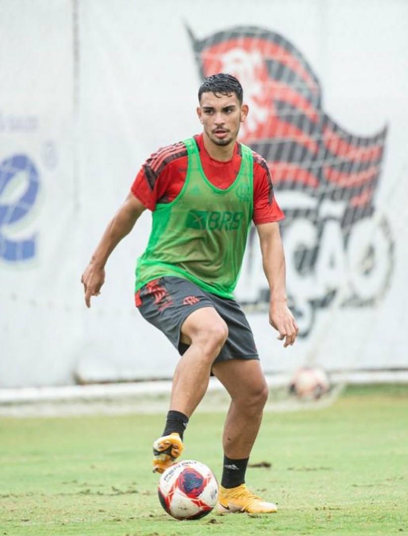 Fabrizio Peralta, volante paraguaio contratado pelo Flamengo - Alexandre Vidal / Flamengo