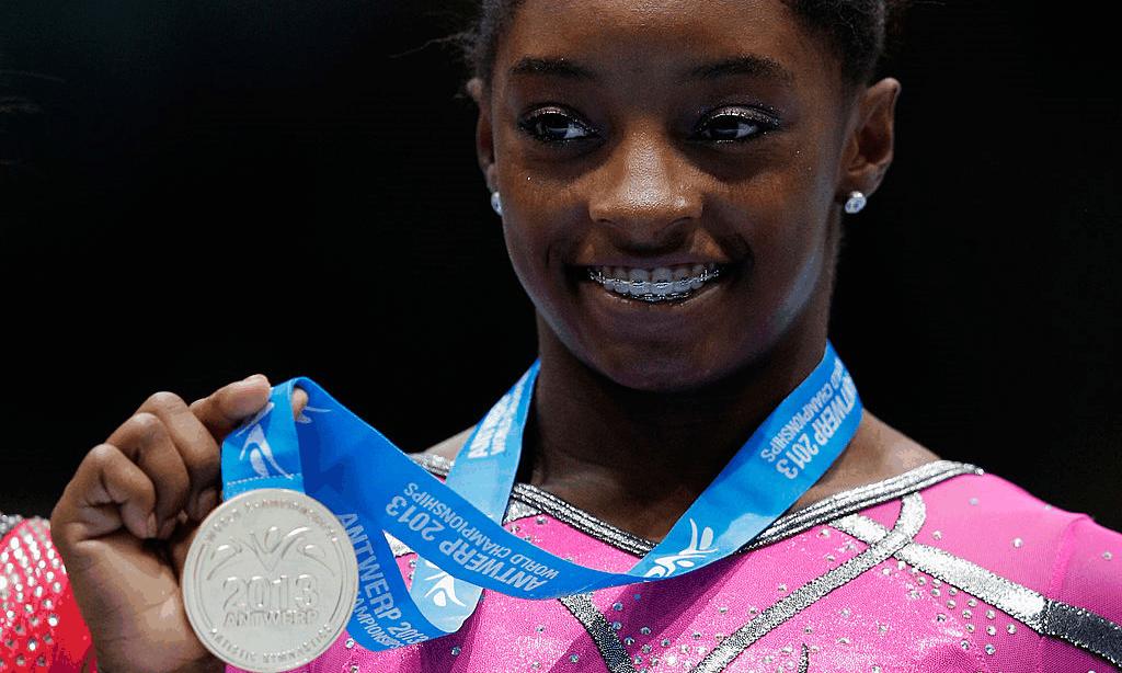 Simone Biles no Mundial de 2013 - Getty Images