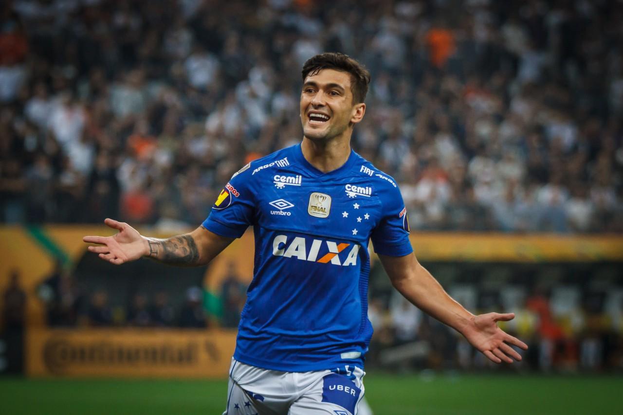 Arrascaeta em ação pelo Cruzeiro - Vinnicius Silva
