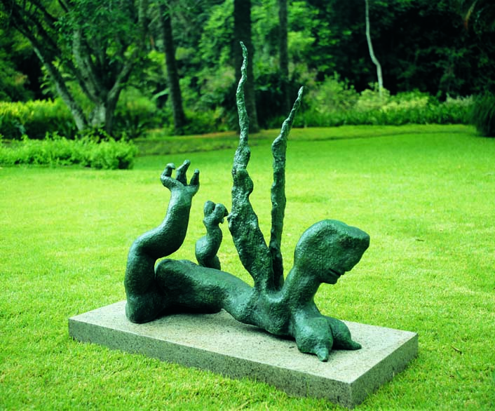 <strong>MARIA MARTINS </strong><br /> Glebe-ailes, 1944<br /> Bronze I&nbsp;Bronze<br /> 126 x 115 x 43 cm