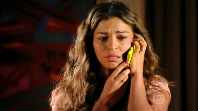 Ester avisa Cassiano que ele corre perigo: 'Não volta pra casa!'