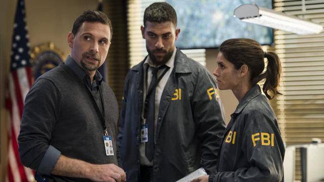 Após o desabamento de um prédio residencial em Nova York, os agentes do FBI Maggie Bell e Omar Adon Zidan precisam investigar uma possível guerra de gangues.