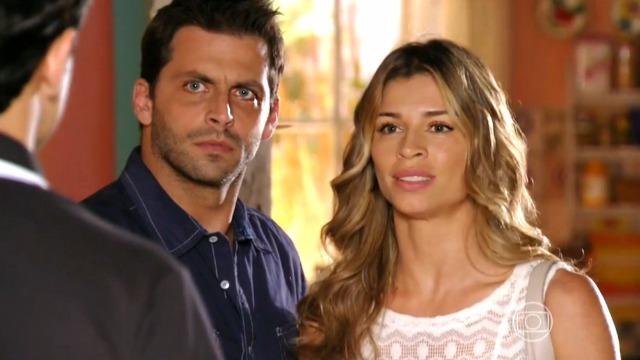 Cassiano e Ester pedem para Hélio denunciar Dionísio na polícia