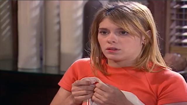 Camila sangra em pleno jantar na casa de Edu e preocupa Alma