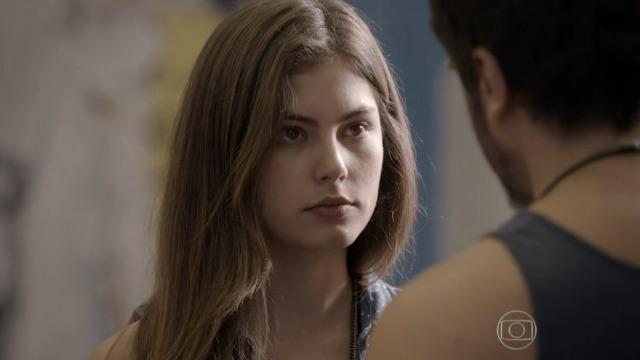 Bianca coloca Gael contra a parede: 'A Karina é filha do René?'