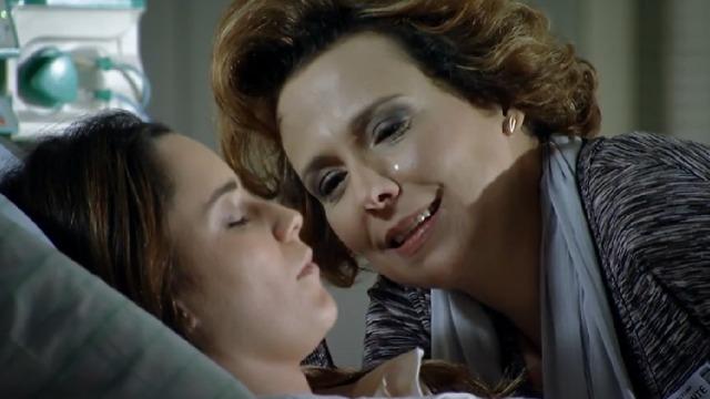 Lúcio abre o coração para Eva, e ela vê o médico como um bom partido para Ana