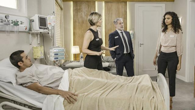 Úrsula fará escândalo em hospital e atacará Luna/Fiona
