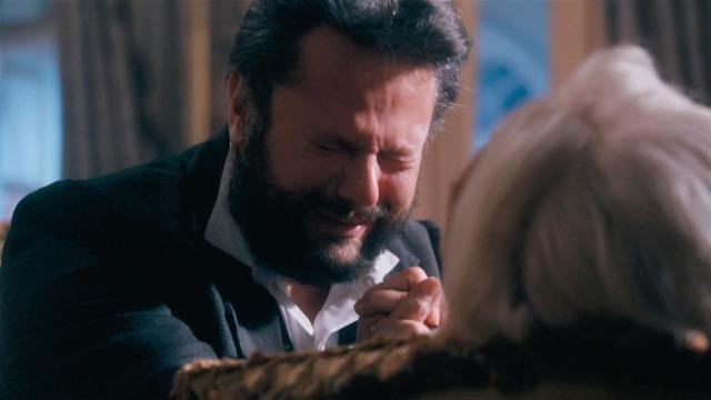Lurdes morre nos braços de Pedro II.