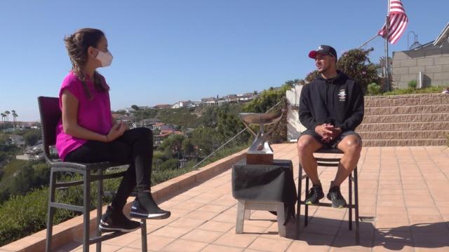 Gabriel Medina recebe o 'Esporte Espetacular' para entrevista exclusiva após o tricampeonato mundial