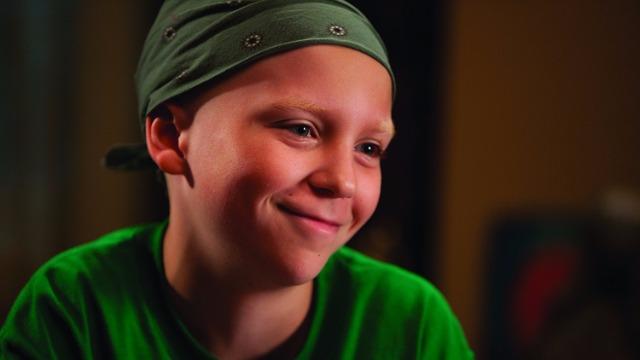 Tyler Doherty encara uma batalha diária contra o câncer. O menino, de apenas oito anos, escreve suas orações em cartas para seu amigo Deus. Buscando um sentido para a vida, o carteiro Brady encontra as orações do garoto e resolve ajudá-lo a mudar o destino de todos ao seu redor.