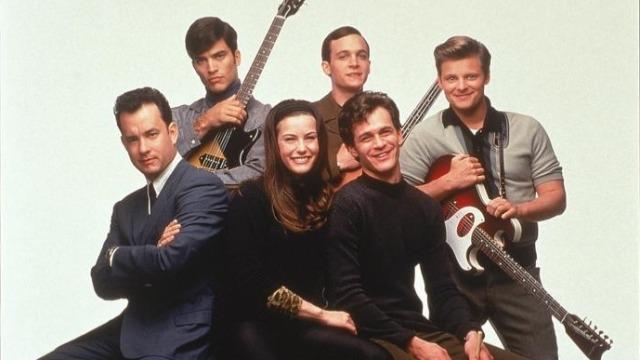 A trajetória de um grupo musical que, da noite para o dia, começa a se tornar famoso nos Estados Unidos, nos anos 60, e alcança o topo das paradas de sucesso.
