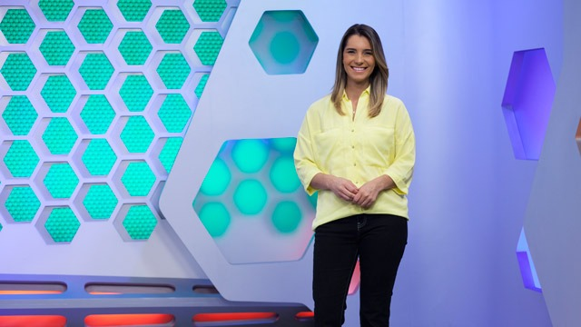 Telejornal esportivo local, exibido de segunda a sábado, logo após o Meio Dia Paraná. Com foco em notícias do esporte paranaense, é apresentando integralmente no estado.