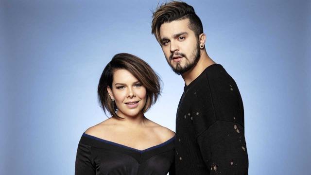 Fernanda Souza e Luan Santana comandam a atração, que leva ao palco artistas de diversos gêneros e estilos a cada episódio, através de rankings que mostram o que o público mais ouve nas rádios e também na internet.