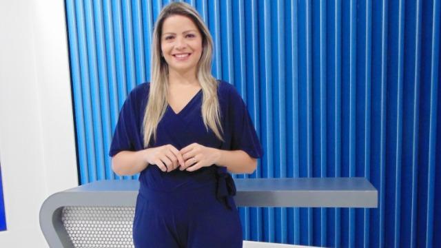 Comece seu dia bem informado com as principais notícias de sua região no Bom Dia Rio. Comandado por Cristina Frazão, o telejornal também destaca os principais serviços e oportunidades aos moradores.