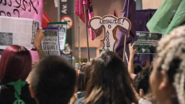 A questão do aborto no Brasil, na Argentina e no Uruguai