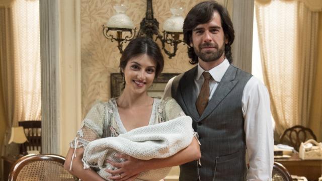Rômulo e Cecília encontram um bebê