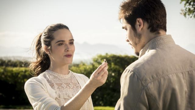 Marocas devolve anel de noivado a Samuca