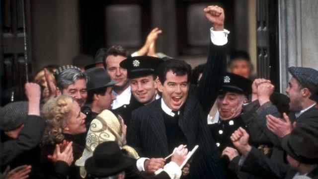 A história verídica de um pai, Desmond Doyle, que luta para criar sozinho os filhos na Irlanda de 1953. Ele fica arrasado quando as autoridades eclesiásticas e os tribunais irlandeses lhe tiram a custódia das crianças e as colocam em um orfanato. Com a ajuda de amigos e de um intrépido e devotado advogado, ele consegue fazer o que nunca ninguém fizera: desafiar uma lei inflexível e déspota diante do Supremo Tribunal.