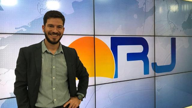 Comece seu dia bem informado com as principais notícias de sua região no Bom Dia Rio. Comandado por Luiz Filipe Ciribelli, o telejornal também destaca os principais serviços e oportunidades aos moradores.
