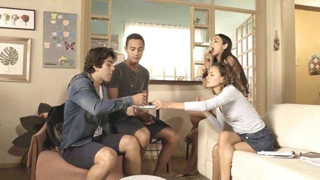 Márcio é elogiado por receita, mas avisa: 'Amigos, amigos, negócios à parte'