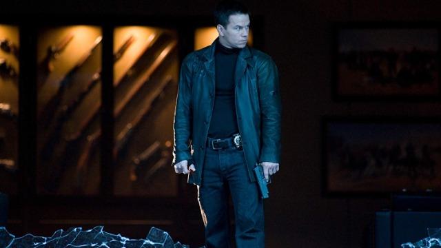 Max Payne é um policial indisciplinado que está decidido a encontrar os responsáveis pelo brutal assassinato de sua família e de seu parceiro.