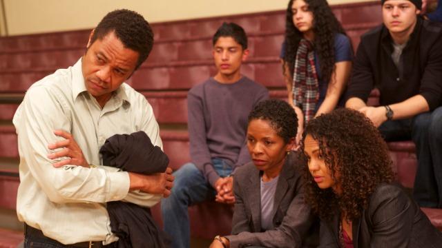 Eugene Brown passou 18 anos na prisão. De volta à liberdade, ele utiliza seus novos conhecimentos para fundar um clube de xadrez com adolescentes carentes e rebeldes em Washington. Com Eugene, os jovens começarão a sonhar com um futuro melhor.