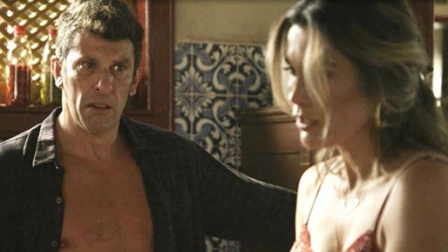 Machado explode com Rita de Cássia em público