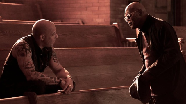 Xander Cage desiste de sua aposentadoria quando Xiang, um guerreiro alfa mortal, coloca suas mãos em uma arma indestrutível chamada de