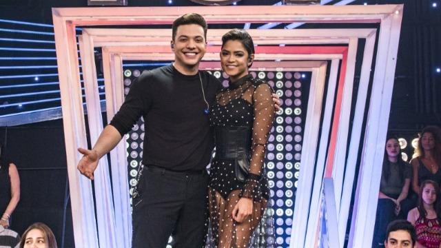 Lucy Alves e Wesley Safadão comandam a atração, que leva ao palco artistas de diversos gêneros, através de rankings que mostram o que o público mais ouve.