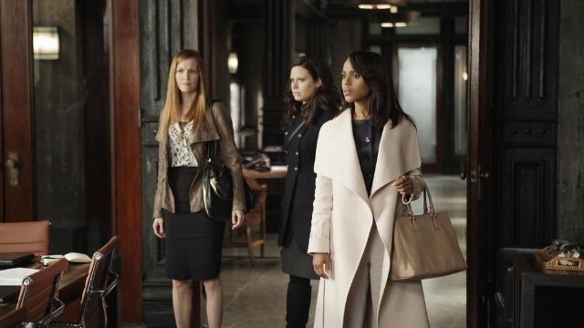 Episódio 'Alguma pergunta?': Cyrus fica no meio de um grande escândalo na Casa Branca.