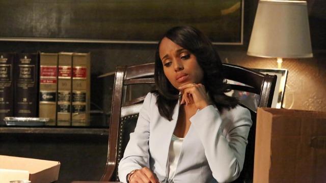 Episódio 'O Chapéu Branco está de Volta': Olivia e sua equipe se encontram numa situação cada vez mais perigosa.