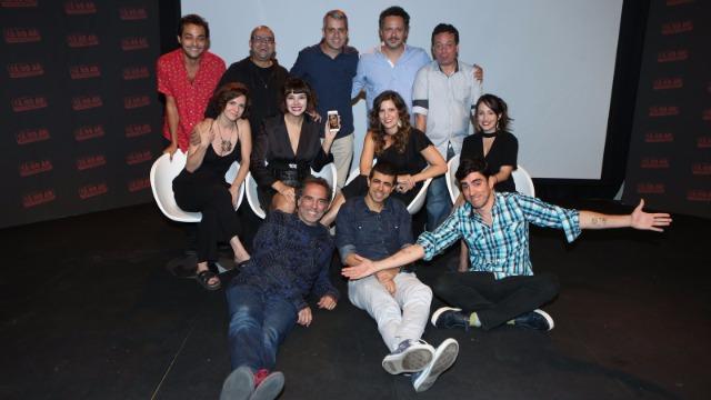 Com Marcelo Adnet, Marcius Melhem e grande elenco, e direção de núcleo de Mauricio Farias, o programa traz esquetes sobre o universo e a linguagem da televisão.