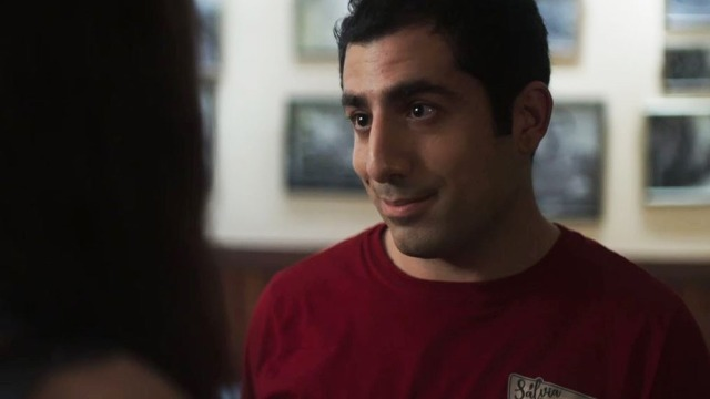 Abner joga charme para Latifa: 'Bonita, cheirosa, gostosa'