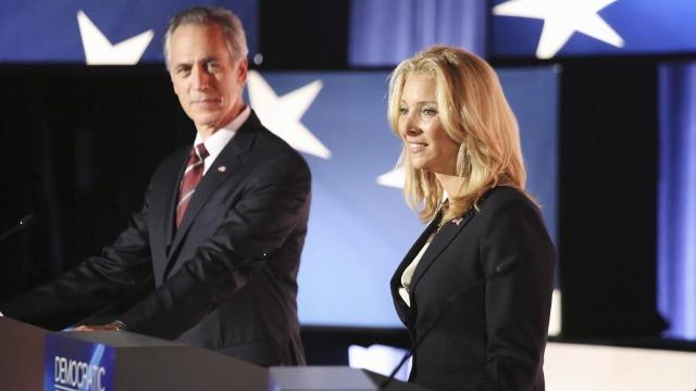 Episódio 'Mais gado, menos touro': a equipe investiga uma deputada democrata, enquanto Olivia e Mellie têm surpresa no Jantar dos Correspondentes na Casa Branca.