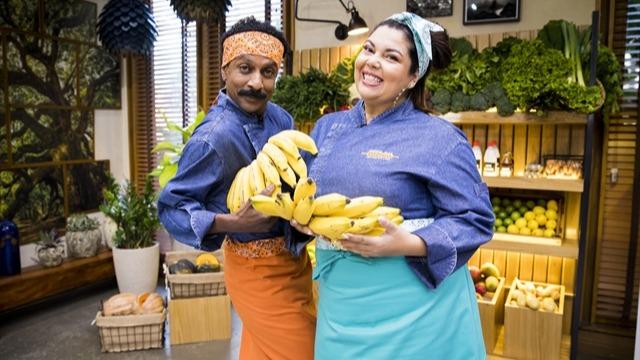 'É de Casa' recebe Fabiana Karla e Luis Miranda no quadro 'Minha Mãe Cozinha Melhor que a Sua'
